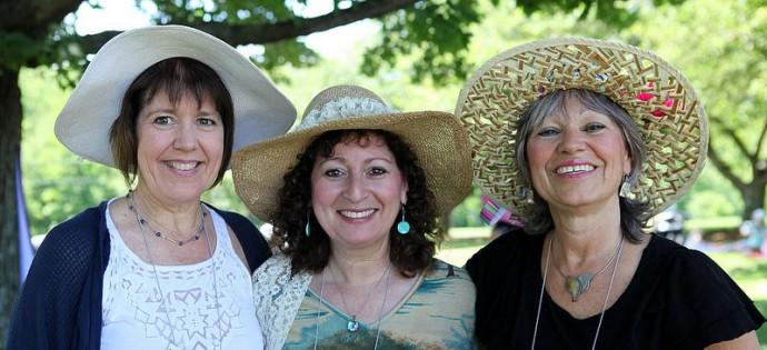 Kim Stetzel with Nalyn Marcus and Patti Giuliano