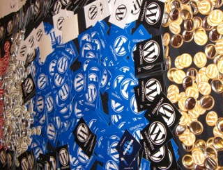 WordPress buttons stickers and pins