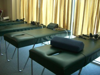 Traction and Adjusting Chiropractic Tables