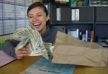 chiropractic assistant discovers thousands in cash - Chiropractic Assistant