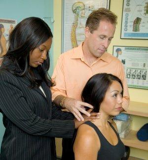 chiropractic associate jobs