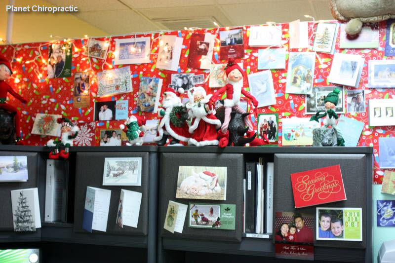 christmas office decorating. Chiropractic Patient Christmas Cards Office Decorating