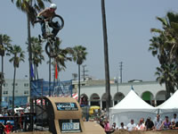 Greg Andreoli going big in Venice Beach