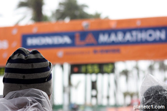 Honda LA Marathon 2011 finish line