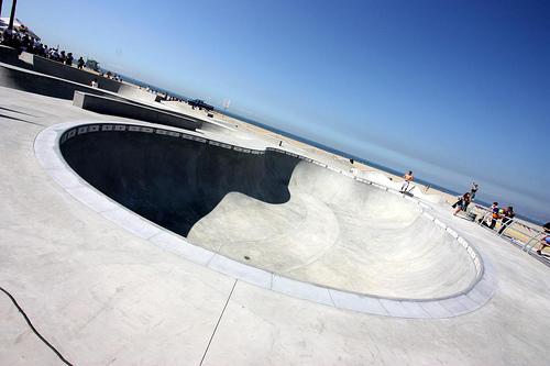 Venice Beach Skate Park 9 Foot Pool
